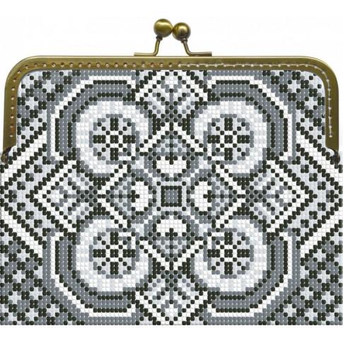 "Beaded purse kit ""Monochrome"""