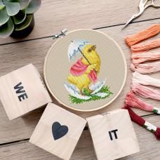 "Free cross stitch pattern ""Easter chick"""