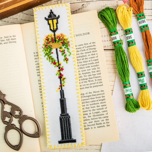 "Cross stitch bookmark kit ""Lamp"""