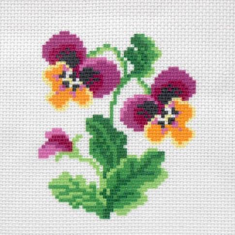 "Patterned needlework fabric ""Pansies"""