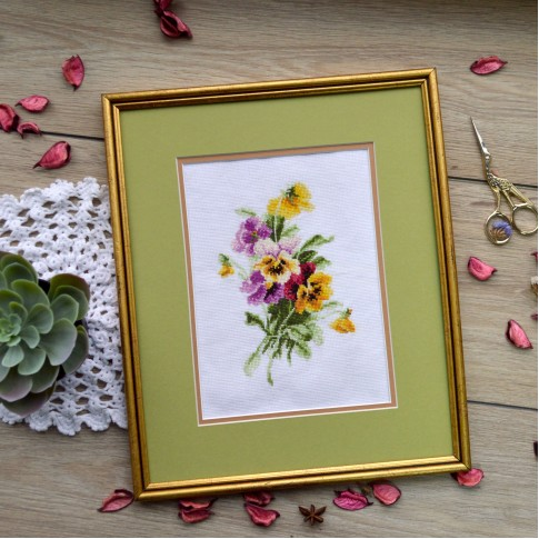 "Cross stitch kit ""Pansies"""