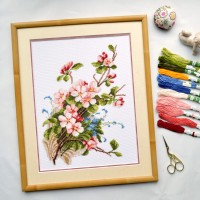 """Apple blossoms"" - Cross stitch kit"